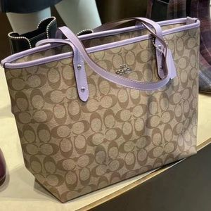 coach signature city zip tote